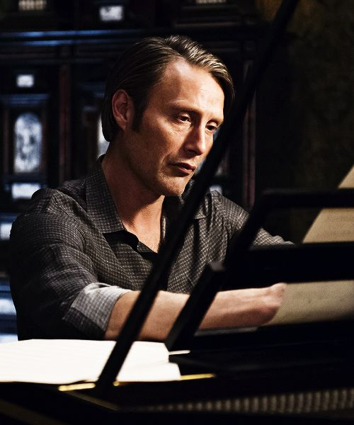 Hannibal Lecter and his harpsichord