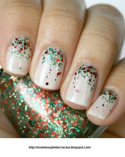 christmas manicure   Modele unghii de Craciun 2013: White Christmas nails