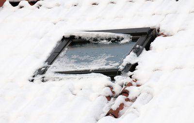 Sne kan skade dit hus
