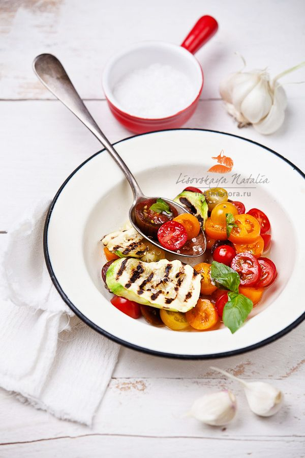 : Photos, Food Inspiration, Food Styling, Tomato Salad, Food Photography, Healthy Food