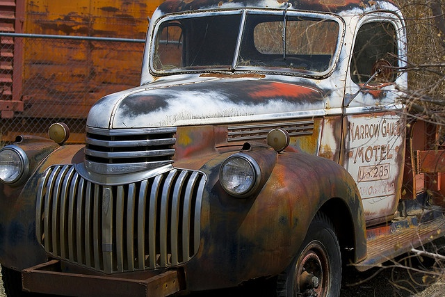 abandoned cars and trucks photo pictures. Black Bedroom Furniture Sets. Home Design Ideas