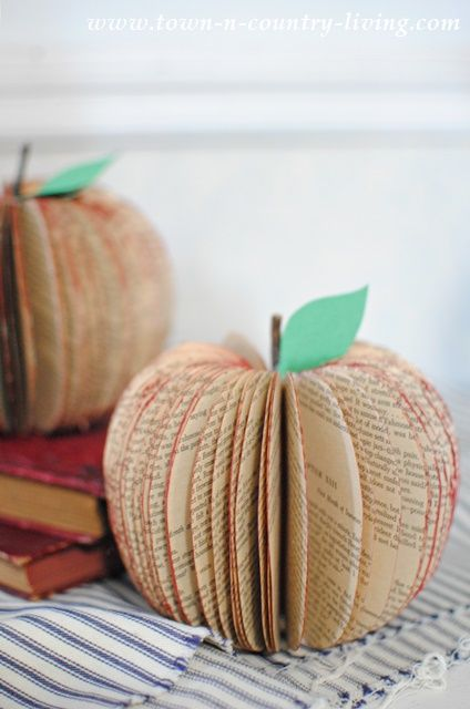 For a quick and easy home decor project, turn old paperback novels into pretty book page apples! Full tutorial with free printable.