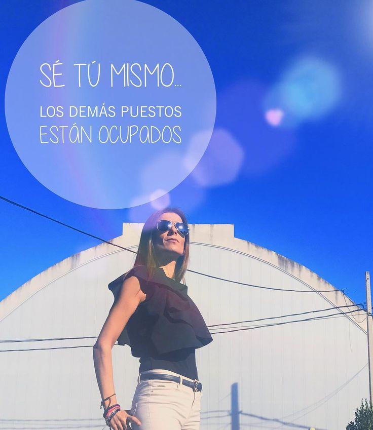 "49 Me gusta, 9 comentarios - ✩ Cris ✩ (@am4ra) en Instagram: ""Ponerse reflexiva ... #esdeguapas 😂. #carpediem #photography #frases #verano #summer #postureo"""