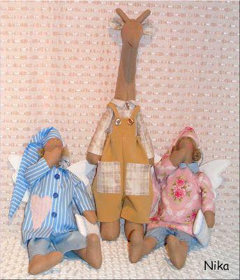 Moje anielskie inspiracje: Pan Żyrafa w asyście Aniołków:-)