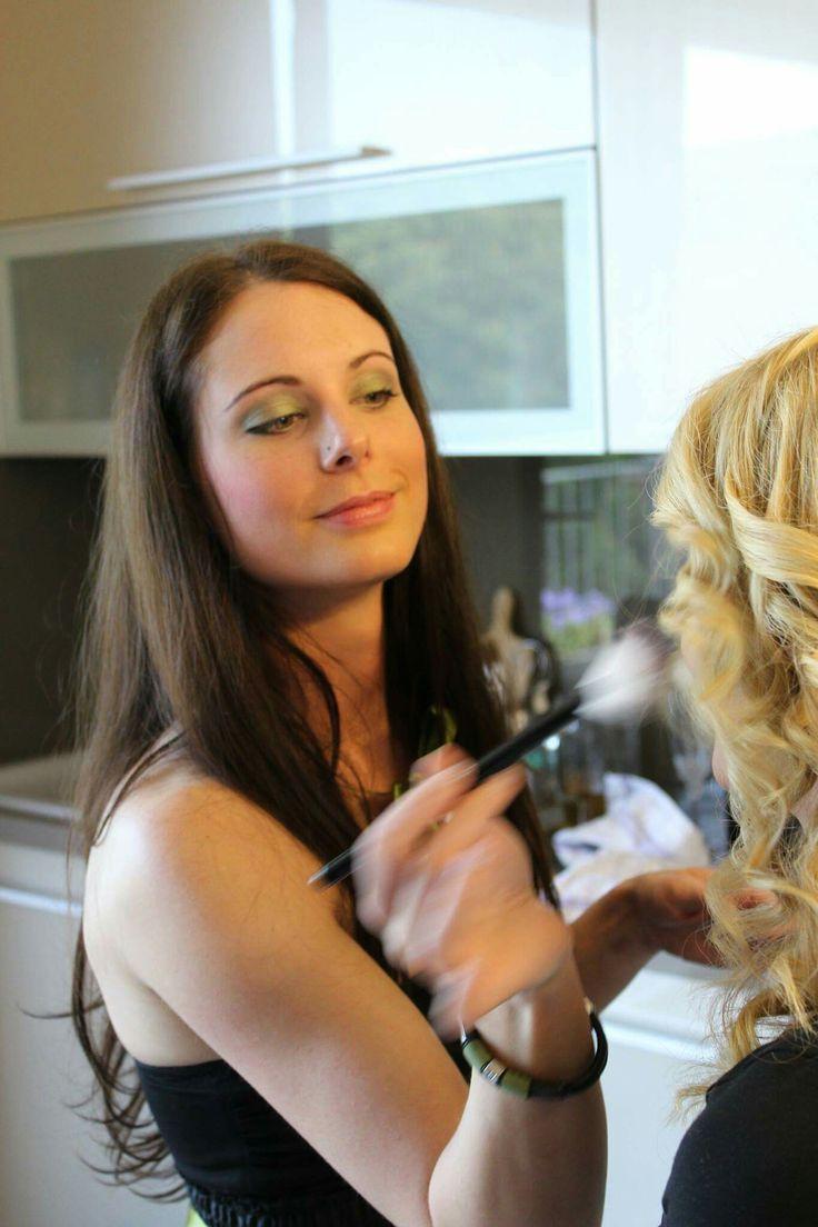 The Best work 💄 #MyDay Makeup #Zuzka Makeup  Hair style #sunyfodrasz  Foto #anderdesign  Dress #viwine
