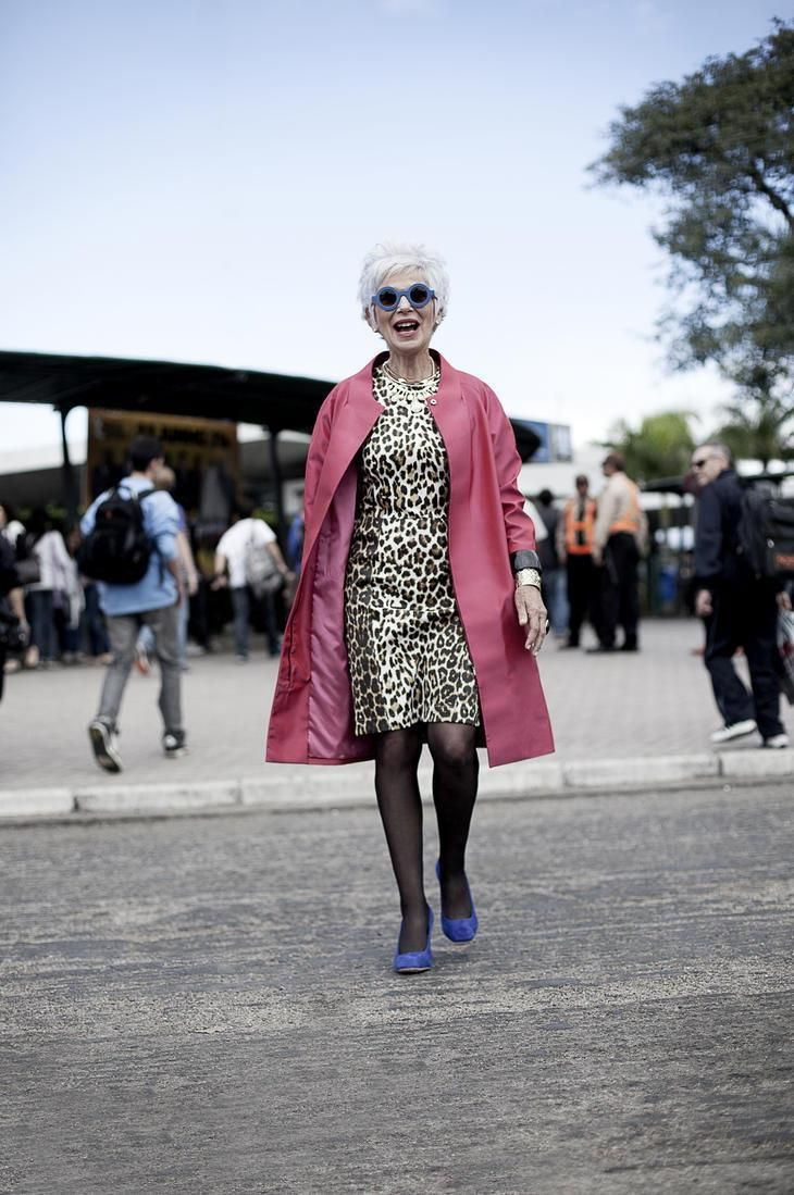 Quem disse que a terceira idade tem que se vestir como as vovós de antigamente? Veja hoje algumas dicas para as senhoras da melhor idade arrasarem em seus looks: http://mantostore.blogspot.com.br/2013/06/estilo-nao-tem-idade.html
