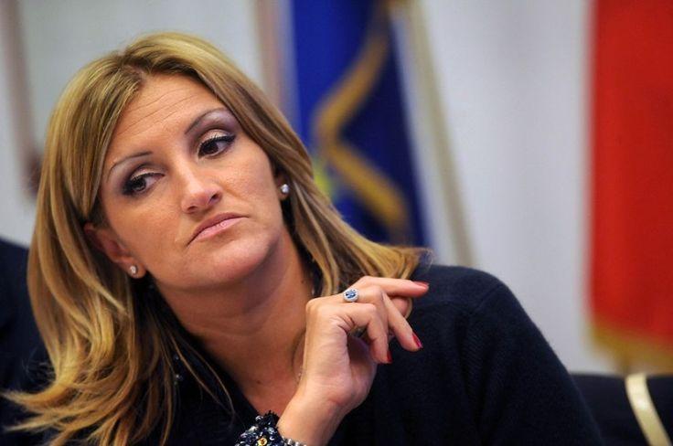 L'Opinione di Adele Fortino: ANTOCI,, MAFIA E ANTIMAFIA