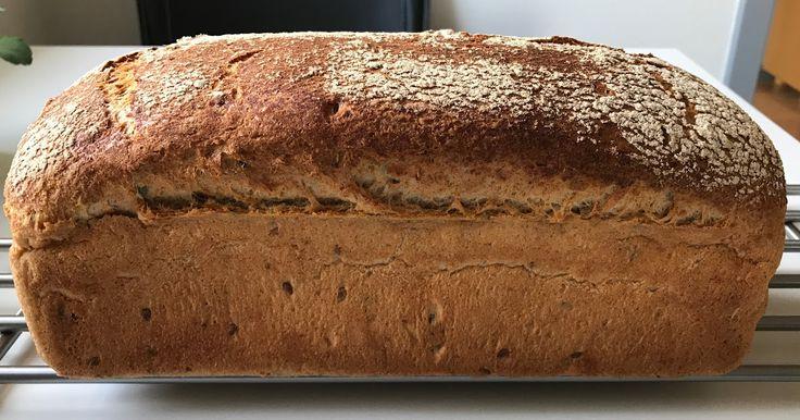 Bonde FormBrød - Bagt i Brødform i Electrolux Dampovn .     Dette Bonde FormbBrød er en variant af mit runde Bonde Brød.     Dette ...