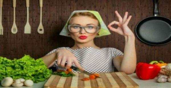Υγεία - Όσες θέλετε να χάσετε γρήγορα κιλά και να αποκτήσετε επίπεδη κοιλιά σε μόνο επτά μέρες, μπορείτε να ακολουθήσετε την παρακάτω χημική δίαιτα. Πρόκειται για