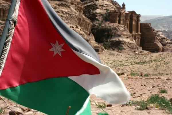 Study in the Hashemite Kingdom with AMIDEAST's Area & Arabic Language Studies program in Amman, Jordan.