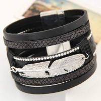 Feather Shape Decorated Multilayer Design Black