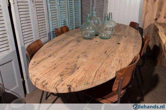 Ovale en ronde tafels van oud eiken wagonplanken