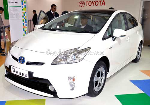 market to launch new hybrid vehicles the company plans to launch new. Black Bedroom Furniture Sets. Home Design Ideas