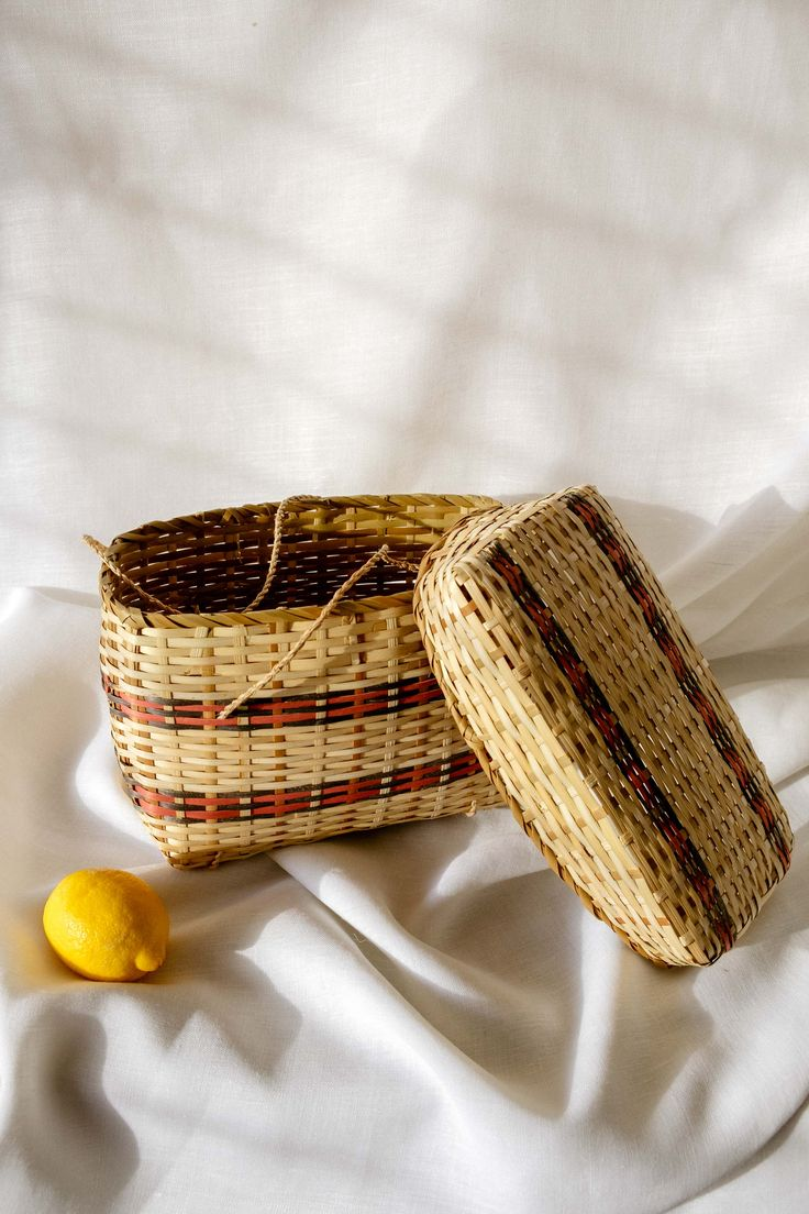 Basket bag with lid from El Valle de Antón's Sunday market in Panama
