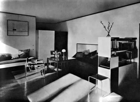 The Dessau Masters' Houses: House Moholy-Nagy, living room 1926 Photo: Lucia Moholy Bauhaus-Archiv Berlin © VG Bildkunst Bonn