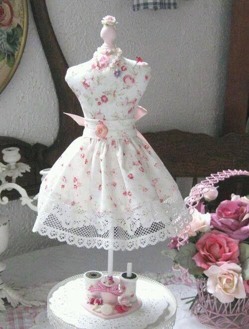 dress form pincushion with apron/skirt
