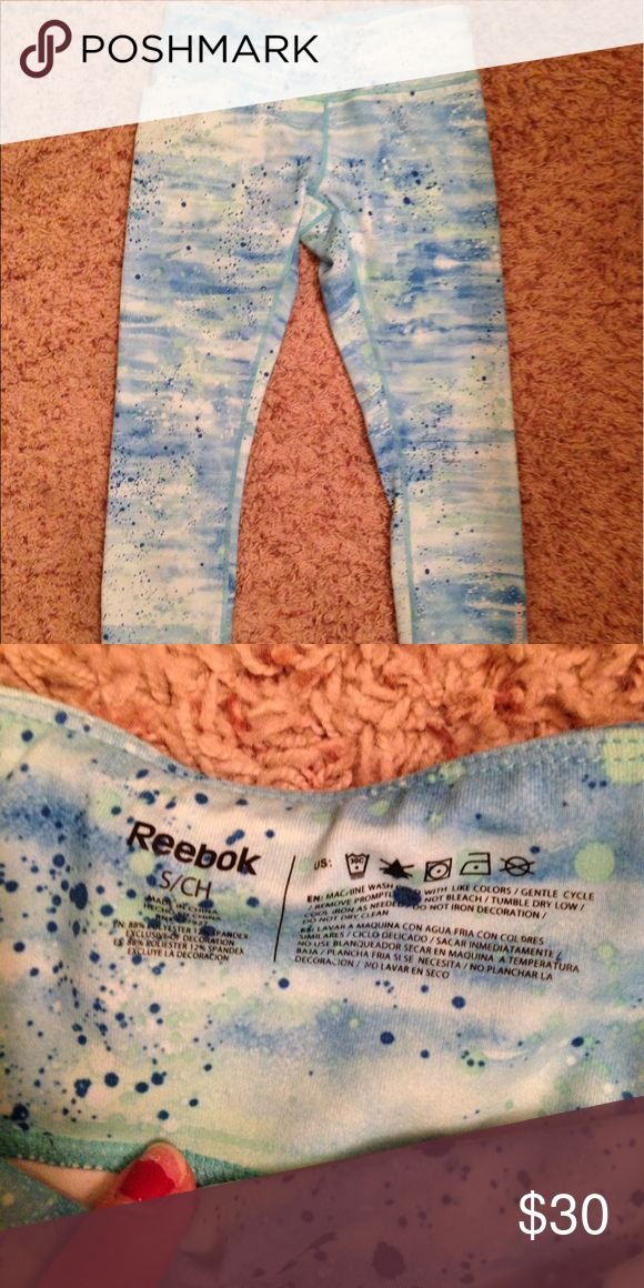 Reebok cropped women's Capri workout pant in blues Eye catching blues - paint splatter print. Hardly worn Reebok Pants Capris