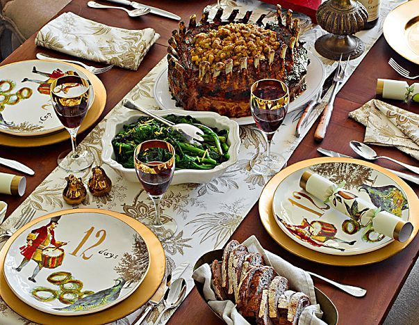 Holiday place setting with beautiful 12 Days of Christmas themed plates. via Williams Sonoma & 14 best 12 Days Collection for Williams Sonoma images on Pinterest ...