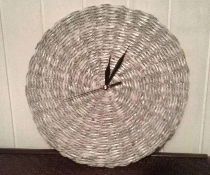 Minimalistyczny zegar ścienny https://www.facebook.com/recykling.artystyczny