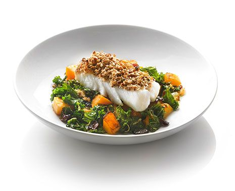 It's #squash season! Enjoy this hearty vegetable in our #recipe for pecan-crusted #cod with #kale and squash sauté.