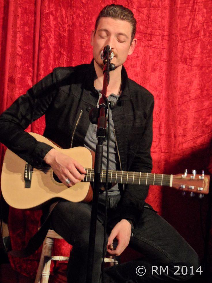 Nathan Connolly (Little Matador), Belfast, 19-09-2014