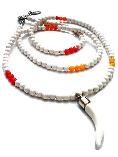 Long necklace with white wooden beads, orange and yellow semi-precious stones. Handcrafted white collar with shark's tooth pendant (Coltano)