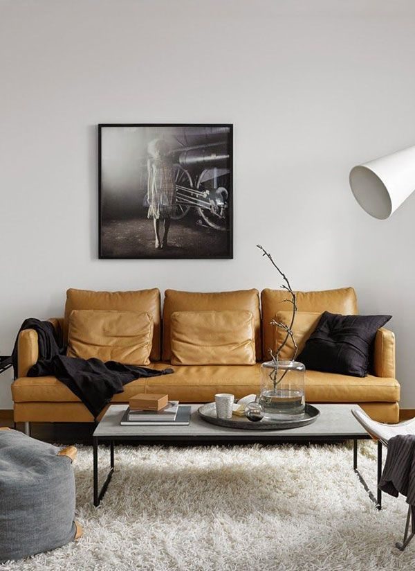 Essential Living Room Chandeliers for Your Mid-Century Modern Home