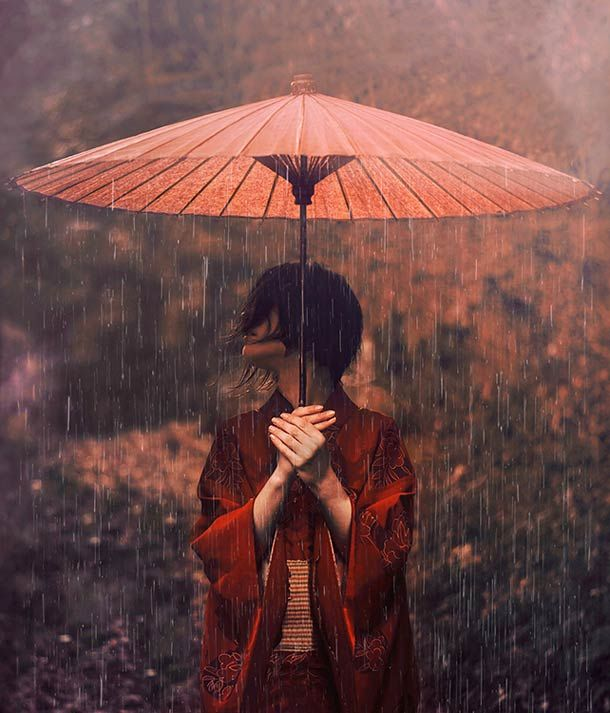 """""""Tales from Japan"""", Reylia Slaby, a native of Osaka, based in Nara.This young photographer, only 21"""