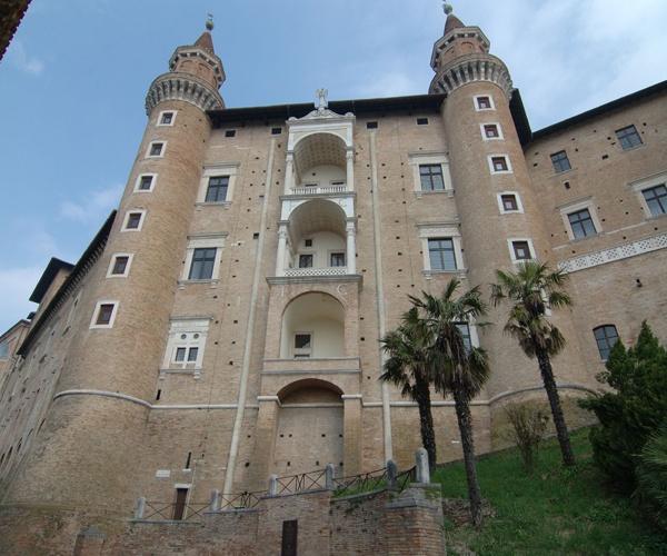Urbino - Instawalk per #Urbino2019 - 27 Aprile 2013 #invasionidigitali #invasionidigitalimarche