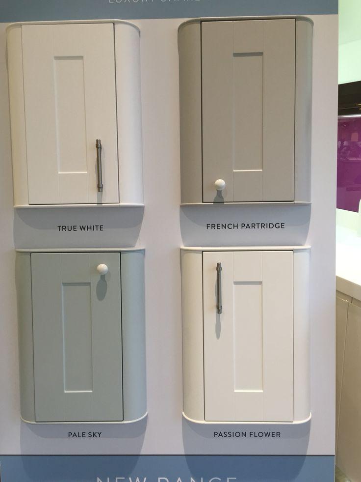Wren kitchen Linda Barker range: Like the grey and blue ones