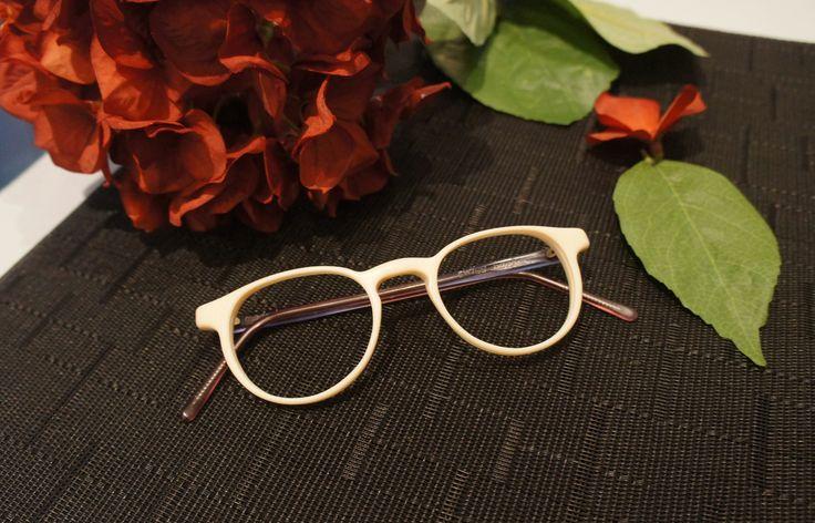 D E B O N A I R // Style tip: Dress how you want to be addressed. ✨ (👓 : MOSHdesigns - 'swiss banker', handmade in Gastown) #eyewear #handmade #eyeglasses #glasses #gafas #artisan #gift #idea #her #round #christmas