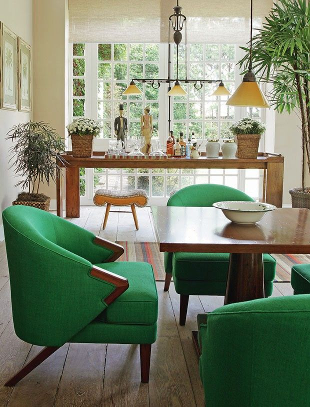 dining room - chairs with a pop of colour