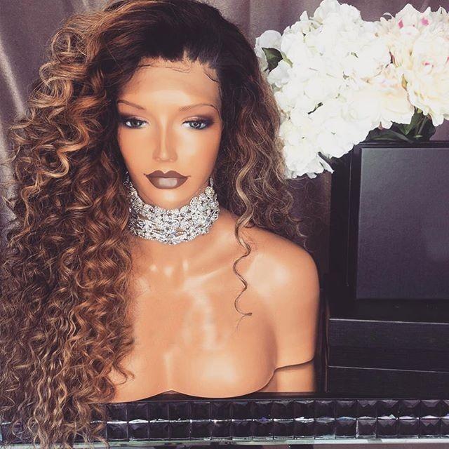 Alexandrina perruque Lace wig sans colle bouclée