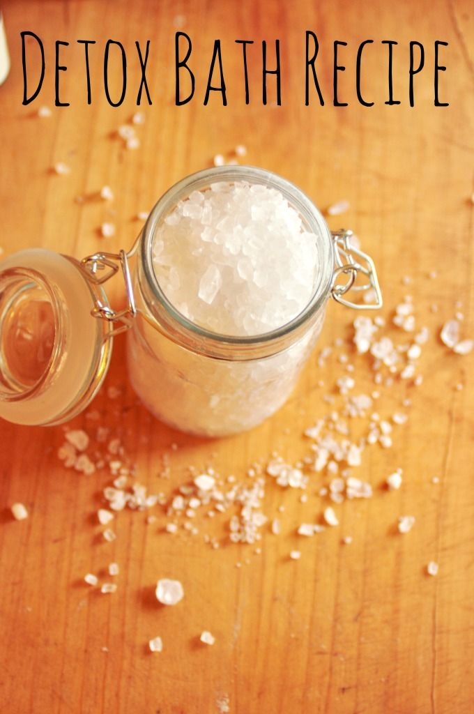 Calm down and relax with this 4-ingredient detox bath salts recipe.