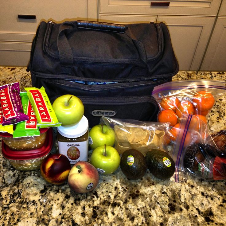 How a flight attendant packs food for a 3 day trip