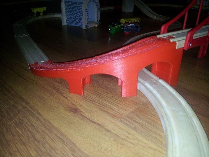 Brio 90 degrees bridge ramp