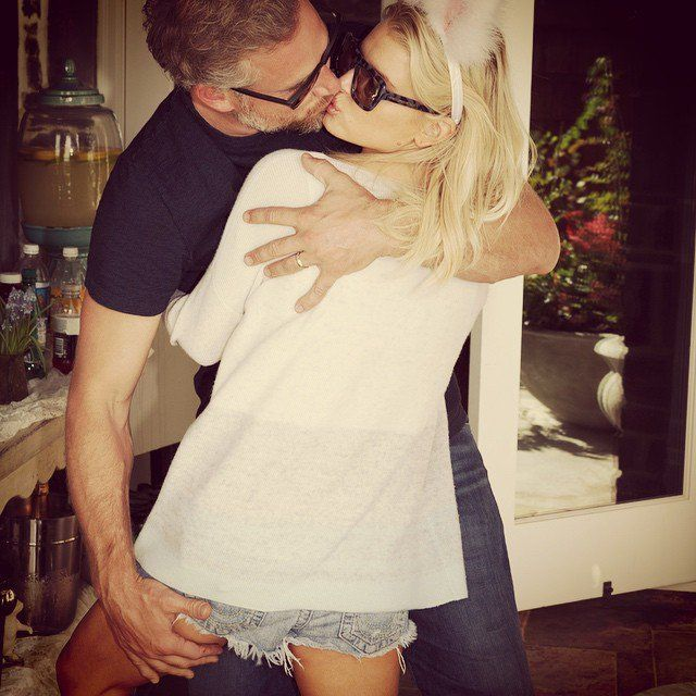 Pin for Later: Heat Up Your Summer With the Best Celebrity Kisses  Jessica Simpson and Eric Johnson shared a passionate kiss during their Easter 2015 celebration.