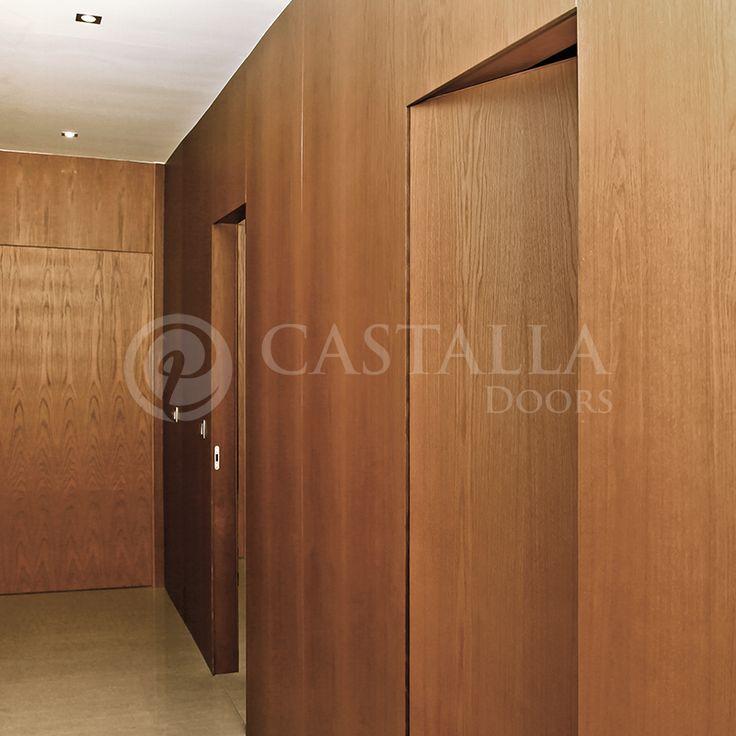 Puertas enrasadas puerta enrasada con panel de madera for Ver disenos de puertas de madera
