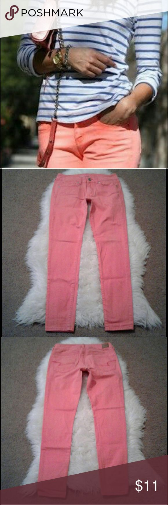 """Coral Skinny jeans 6 AE Outfitters coral skinny jean. EUC Waist: 15"""" Inseam: 31"""" Front rise: 7"""" Perfect for a spring look 🌺 American Eagle Outfitters Pants Skinny"""