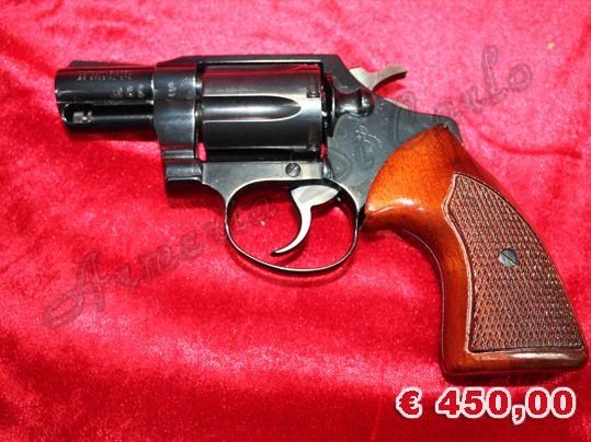 USATO 0599 http://www.armiusate.it/armi-corte/rivoltelle/usato-0599-colt-detective-calibro-38-special_i285648