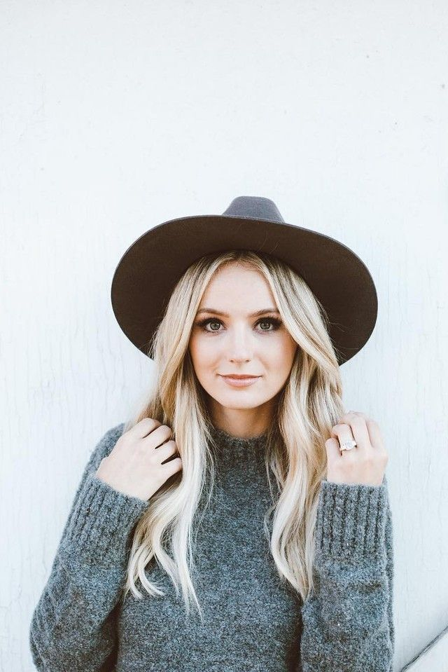 Lauren Bushnell wearing Lovers Friends Em Sweater, Janessa Leone Cherina Hat
