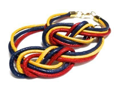 #pulseras #mapa #Venezuela#caracas #moda #pulseras #estilo #bisuteria #accesorios #llaves www.gscmoda.com