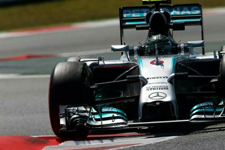 ...Mercedes Petronas