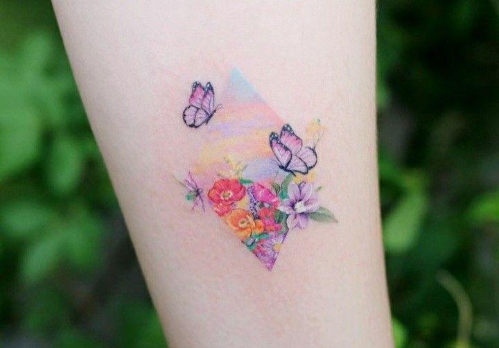 Pin de Ana Karina en tatuaje familiar en 2021 | Tatuaje de hortensias, Tatuajes de acuarela, Tinta para tatuaje