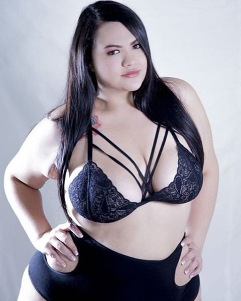 Linda Colombiana @ilmiopagliaccioi  #girl   #beautiful   #morena   #colombia   #colombiana   #colombian   #lingerie   #model   #curvymodel   #plussizemodel   #bodypositive   #ilovegordinhas   #gordinha   #amogordinhas   #make   #makeup   #perfect   #peitao   #effyourbodystandards   #plussize   #bbw   #bbws   #ssbbw   #bbwlovers   #curves   #curvy   #curvygirl   #curvywomen   #mulheresreais   #belezasemtamanho