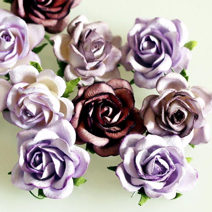 NőiCsizma   Rózsa papírvirágok