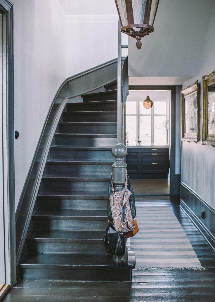 Denna morgon for jag hem till Malin Persson som bor i det vackraste huset jag känner till. Malin är verkligen genomhjärtlig och ger mig alltid massor av positiv energi. Idag bjussade hon också...