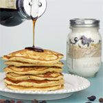 Mixed Berry Multigrain Pancake Mix - From the American Pancakes Breakfast Recipe Collection. The perfect homemade gift for the pancake lovers in your life:  fluffy, fruity pancakes from a jar!