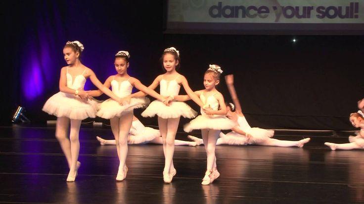 Lebedele mici  Castigatoare ale locului II, categoria Balet, grup, mini. coregrafia Oana Ionita. #BucharestDanceFestival2014 #Dancers #dance #dancefestival #RomanianDanceFestival #RomanianDanceCompetion