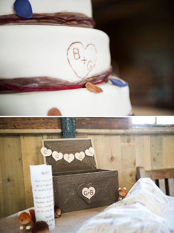 WWW readers Rebecca and Gareth held their rustic winter wedding at Gate Street Barn, Surrey.